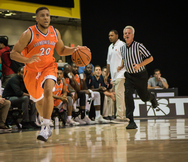 No. 3 seed Boeheim's Army advances to Elite Eight with late run, downs No. 7 seed Team Fancy 65-61
